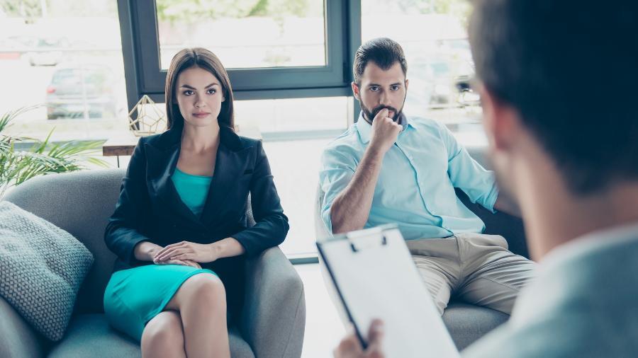 Nas aulas privativas, permanecem apenas o casal e o terapeuta instrutor na sala - iStock