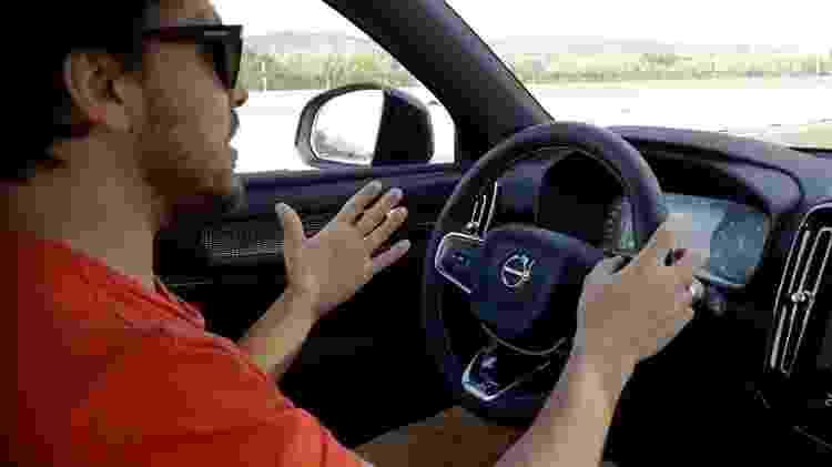 Sistemas semi-autônomos estão no pacote apenas de carros de mais de R$ 100 mil - Reprodução
