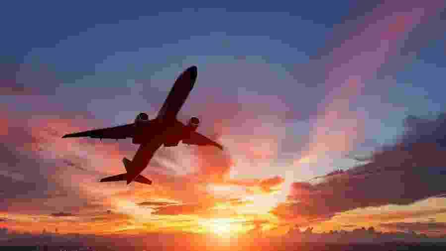 É possível pagar menos na hora de adquirir o tão sonhado bilhete aéreo - Manop1984/Getty Images/iStockphoto