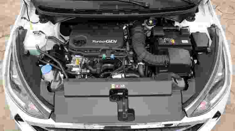 Motor 1.0 turbo rende 120 cv e tem fôlego de sobra - Murilo Góes/UOL
