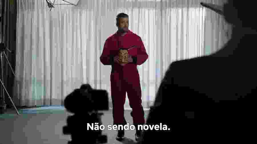 Bruno Gagliasso faz piada em vídeo promocional da Netflix que anunciou a sua contratação - Reprodução