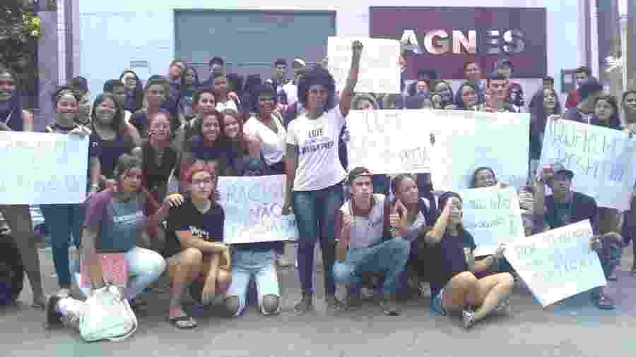 Alunos protestaram após professora ser vítima de racismo em escola em Maceió - Arquivo pessoal