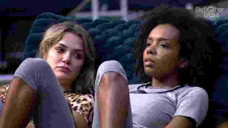 BBB 20: Thelma e Marcela combinam voto na área externa da casa - Reprodução/Globoplay