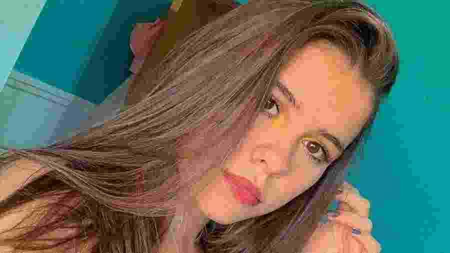 Leticia Amorim, 17, viu seu vídeo com as regras do Jogo do Gugu viralizar de um dia para o outro - Reprodução/Instagram