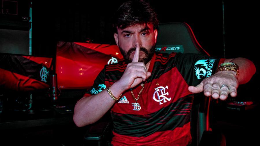 Streamer ficou 744 horas em live e os gastos ultrapassaram 120 mil reais - Divulgação/Barcellos