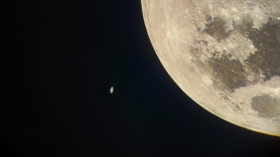 Hoje: conjunção de Lua e Saturno traz misericórdia e consciência coletiva - Rhonda Mcilwraith