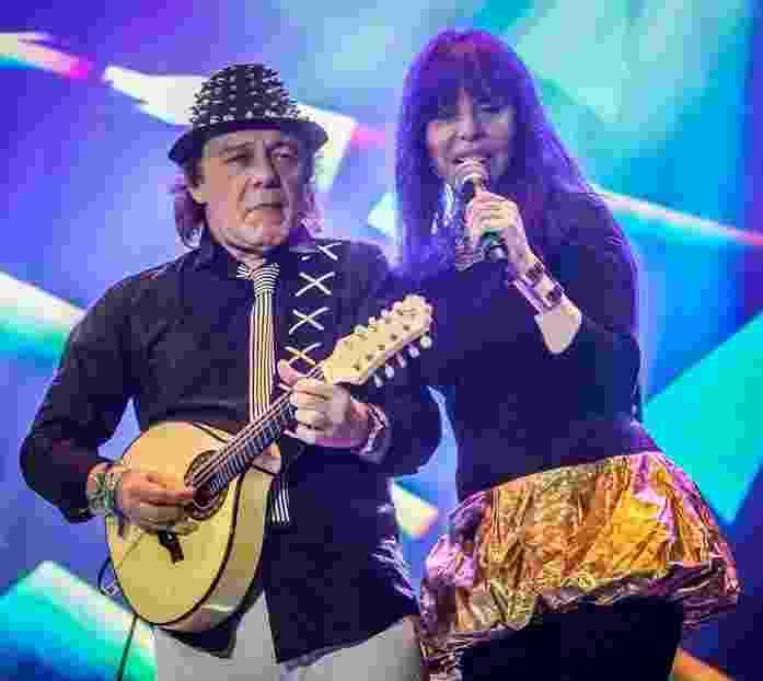 21.mai.2016 - Guitarrista Armandinho e Baby do Brasil se apresentam no palco Júlio Prestes na Virada Cultural - Francisco Cepeda /AgNews