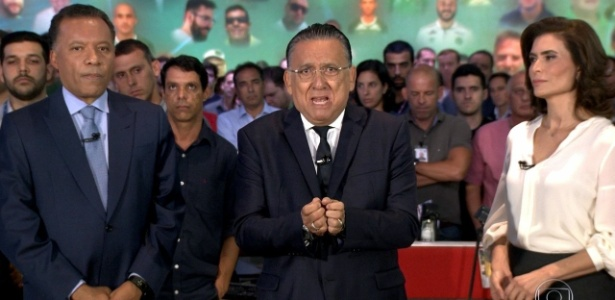 """Galvão Bueno homenageia no """"JN"""" vítimas de acidente aéreo com time da Chapecoense - Reprodução/TV Globo"""