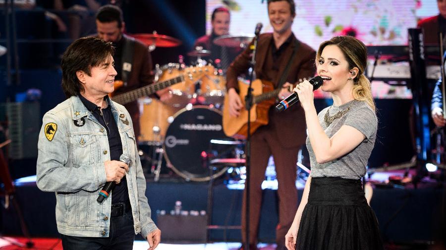 """Xororó canta com Sandy no """"Altas Horas"""", que vai ao ar neste sábado (9) - Divulgação"""