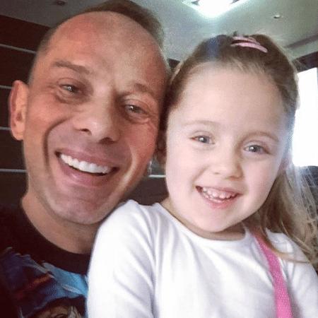 Rafael Ilha com a filha, Laura - Reprodução/Instagram
