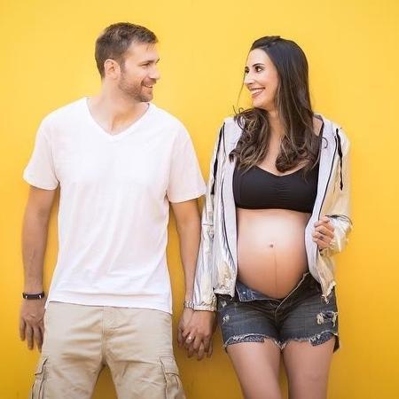 Scheilla e o marido Breno - Reprodução/Instagram