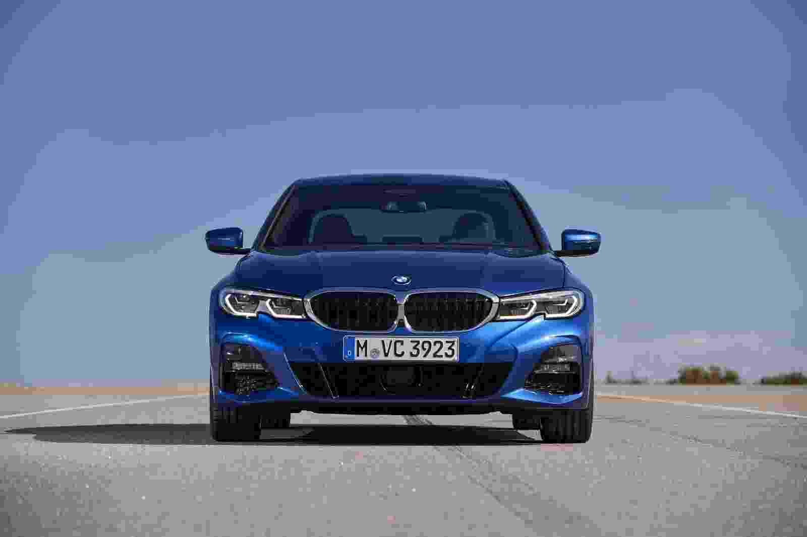 BMW 330i 2019 Europa - Divulgação