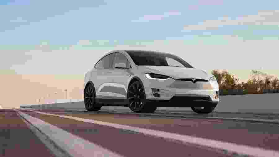 Tesla Model X - Divulgação