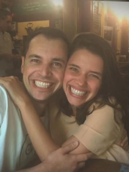 Bruna Linzmeyer com o irmão, Helder - Reprodução/TV Globo
