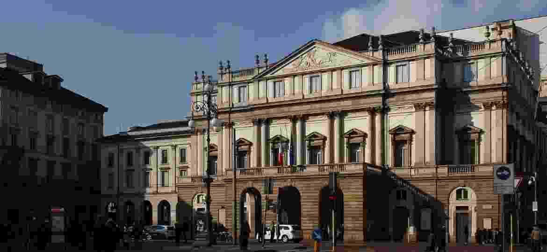 Teatro La Scala, localizado no coração de Milão, na Itália - Reprodução