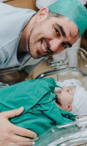 Marcelo Adnet e a filha, Alice