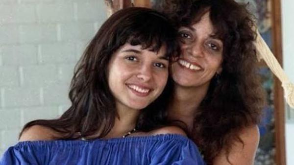Glória Perez e a filha, a atriz Daniella Perez, assassinada em 1992
