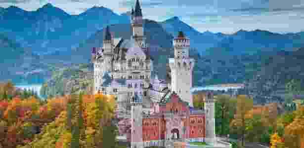 O castelo Neuschwanstein foi feito a mando do rei bávaro Ludwig 2º - Getty Images