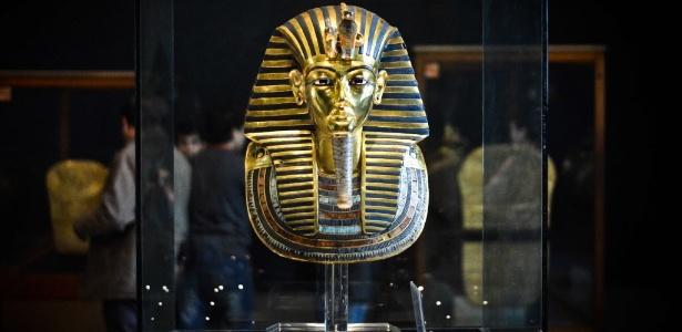 Máscara do faraó Tutancâmon, exposta no Museu Egípcio do Cairo - Mohamed El-Shahed/AFP Photo
