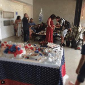 21.fv.2016 - Sophie Charlotte e Daniel de Oliveira fizeram uma festa de chá de bebê para o primeiro filho, Otto, neste domingo. Amigos dos atores compartilharam alguns momentos nas redes sociais - Reprodução/Instagram _carolinie