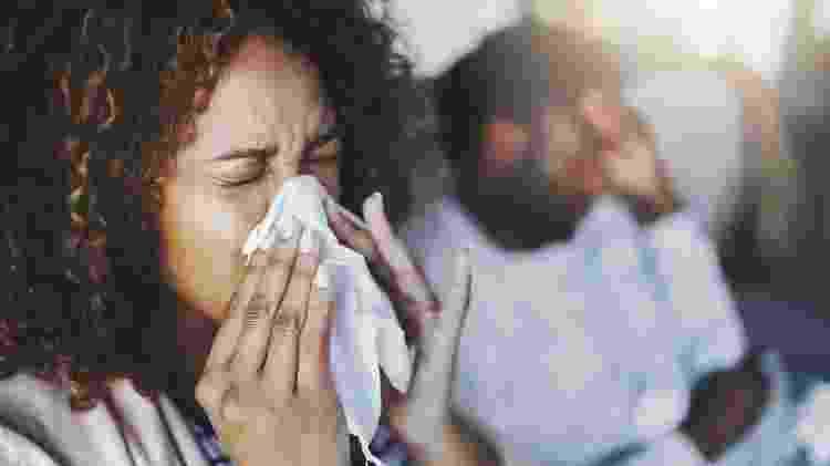 Gripe costuma ser mais forte e resfriado mais brando - iStock