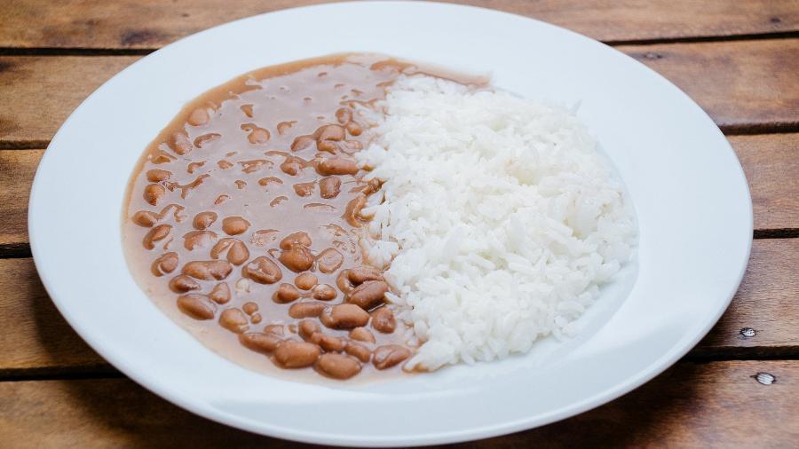 Preços do arroz e do feijão dispararam nos últimos meses - iStock