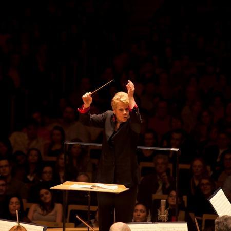 A maestrina norte-americana Marin Alsop - Alessandra Fratus/Divulgação