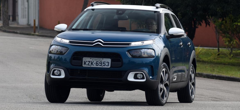 Citroën C4 Cactus chega às lojas nos próximos dias custando entre R$ 68.990 e R$ 98.990 - Murilo Góes/UOL
