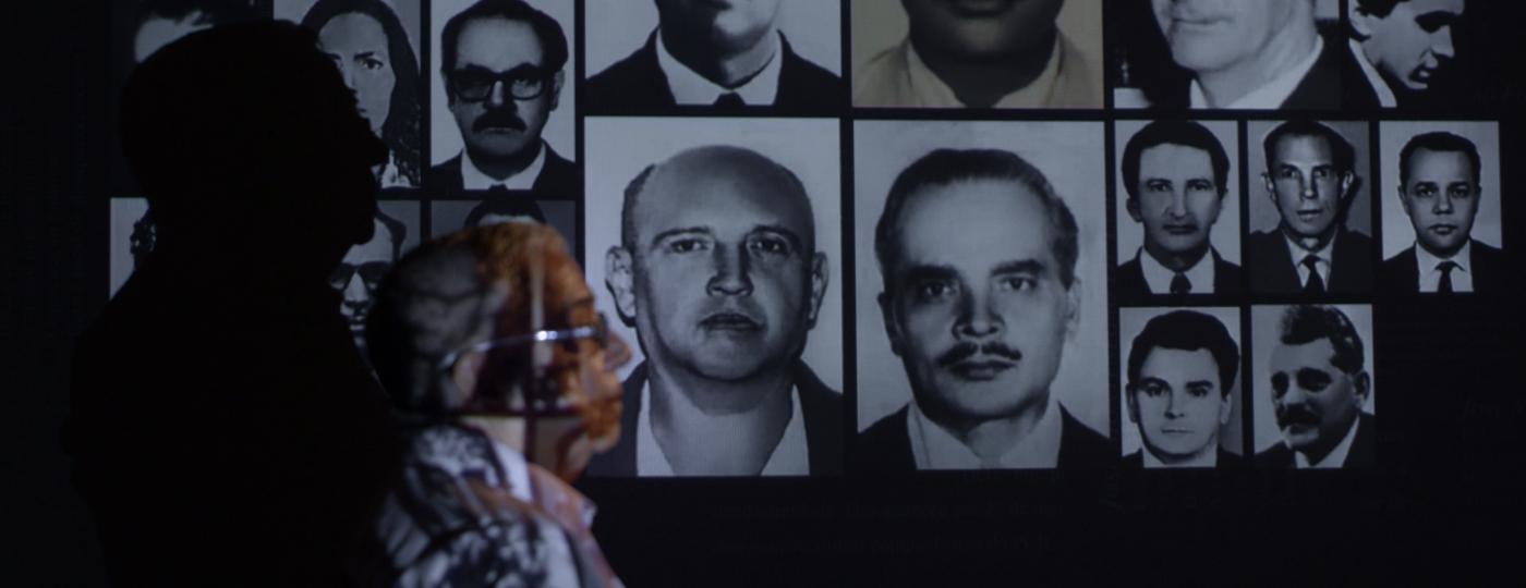 """Cena do documentário """"Pastor Claudio"""" - Divulgação"""