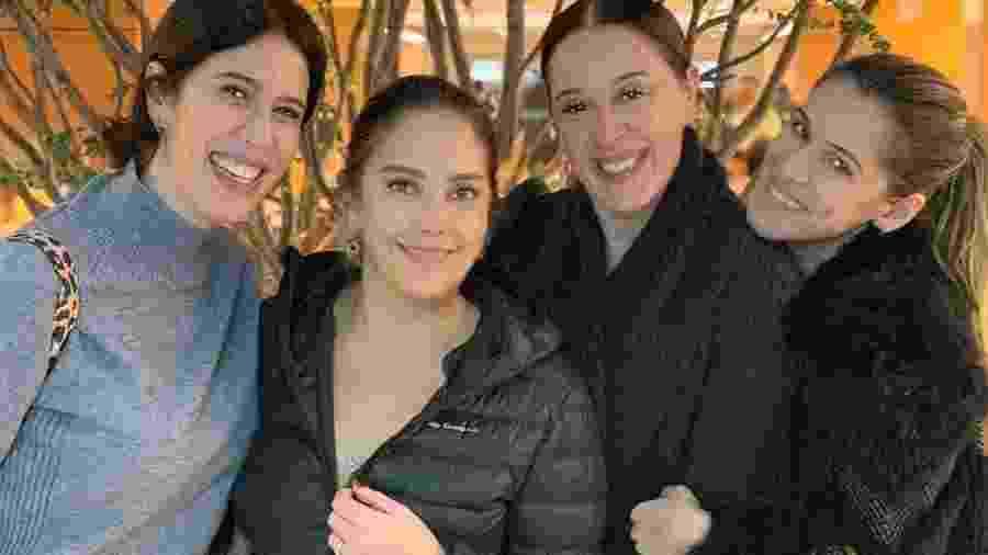 Maria Clara Gueiros, Claudia Raia e Ingrid Guimarães visitam Heloísa Périssé no hospital - Reprodução/Instagram
