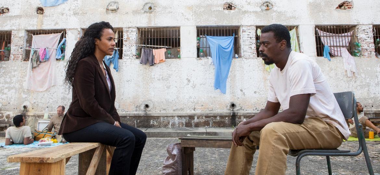 Naruna Costa e Seu Jorge em cena de Irmandade, nova série da Netflix - Aline Arruda/Netflix