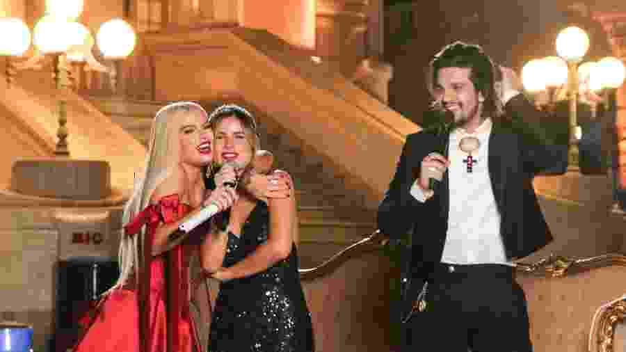 """Luan Santana faz live com o tema """"Clássicos"""", ao lado de Luísa Sonza e Giulia Be em Palácio em São Paulo - Lucas Ramos/AgNews"""