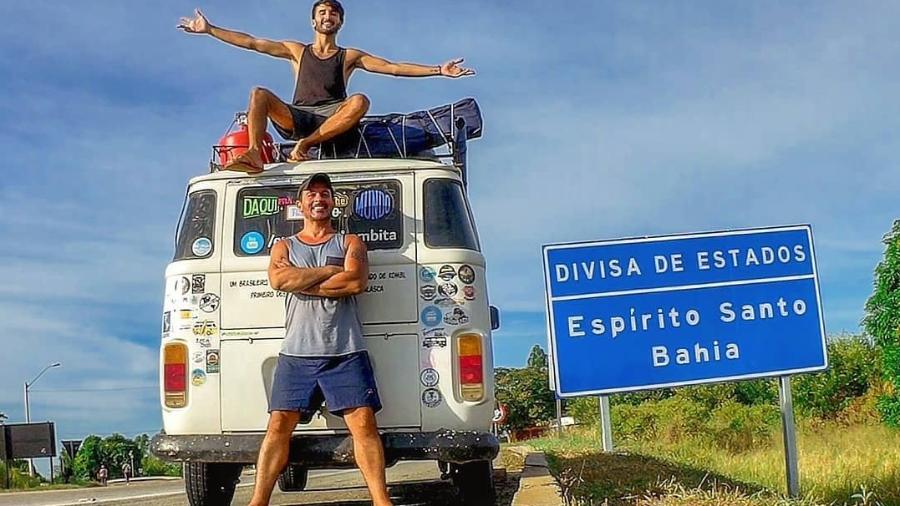 Jordy Alexander e João Otávio viajam pelo Brasil a bordo de uma kombi - Arquivo pessoal