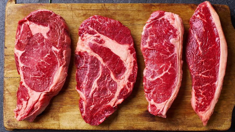 Diferentes cortes: todos contituídos de fibras do músculo, gordura e tecido conjuntivo - Getty Images/iStockphoto