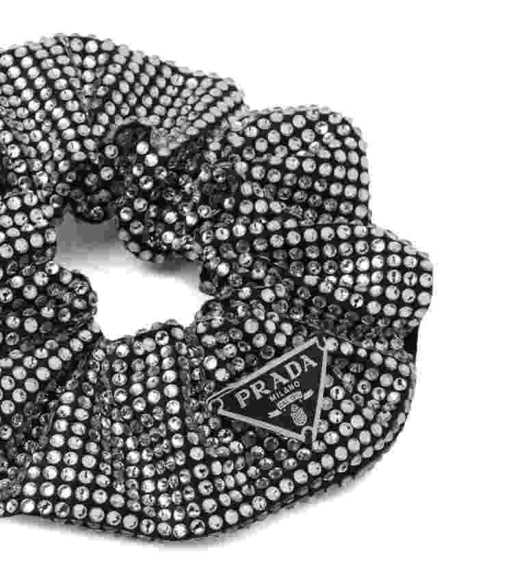 Scrunchie da Prada de R$ 4,6 mil - Divulgação - Divulgação