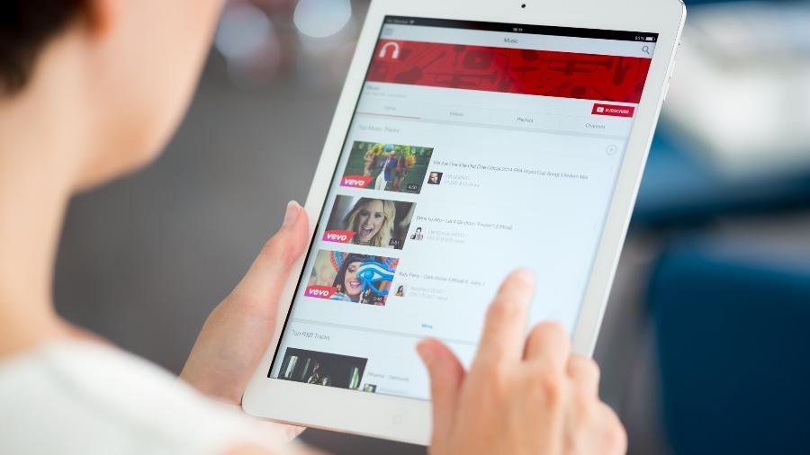 Notebook 2 em 1 ou tablet? O que avaliar na hora de decidir qual deles comprar para unir produtividade e portabilidade - iStock
