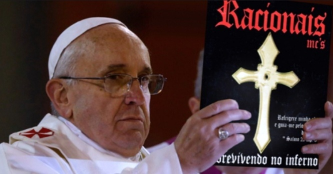Montagem: Papa Francisco com o disco