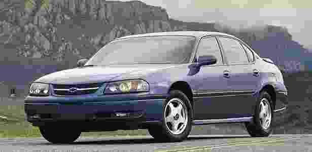 Chevrolet Impala fabricado entre 2000 e 2004 está envolvido no chamado nos EUA - Divulgação