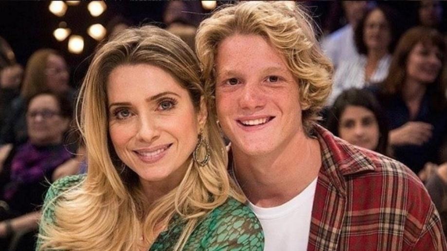 Pedro Novaes deu força para a mãe Letícia Spiller aceitar atuar em