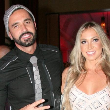 Latino vai à festa no Copacabana Palace, no Rio, com a namorada Jéssica Rodrigues - RT Fotografia/CS Eventos Divulgação