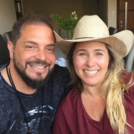 Conrado e Andréa Sorvetão estão juntos há 28 anos - Reprodução/Instagram