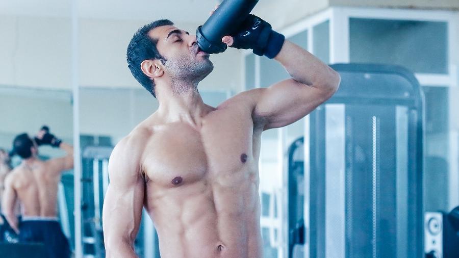 Tão (ou mais) importante do que o whey pós-treino é manter uma dieta equilibrada e rica em proteínas ao longo de todas as refeições - iStock