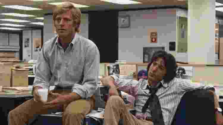 """Robert Redford e Dustin Hoffman em cena de """"Todos os Homens do Presidente"""" - Reprodução - Reprodução"""