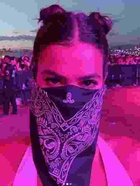 Bruna Marquezine usa máscara em festival Coachella - Reprodução/Instagram