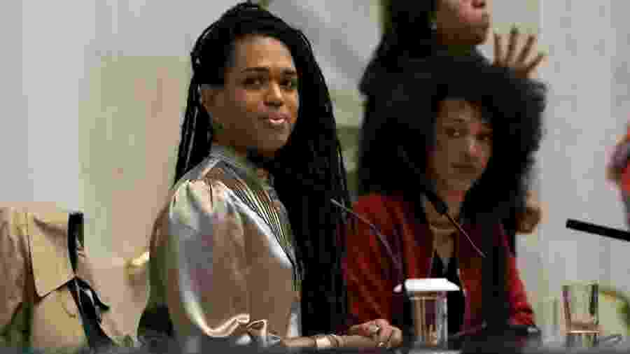 As deputadas Érica Malunguinho (PSOL) e Érica Hilton, durante 1a audiência da Frente Parlamentar na Alesp - Divulgação/Comunicação Mandata Quilombo
