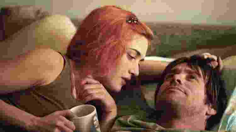 Kate Winslet e Jim Carrey interpretam um casal que apagou as memórias um do outro em 'Brilho Eterno de uma Mente sem Lembranças' - Rex Features