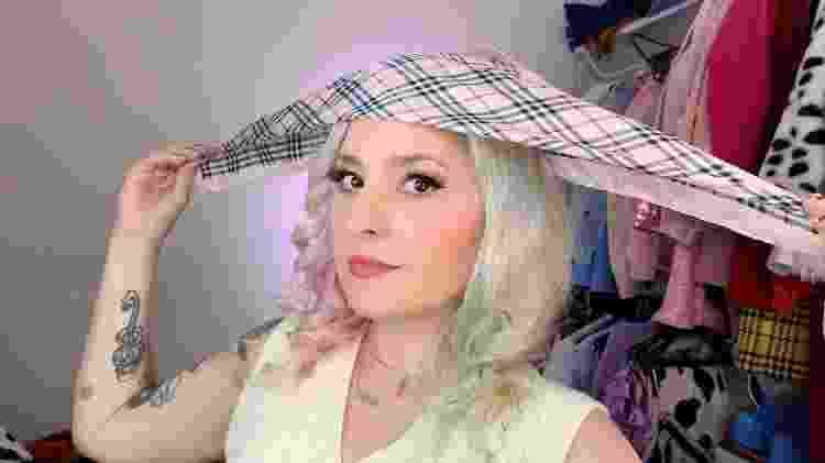 Lenço camponesa - foto 2 - Natália Eiras - Natália Eiras