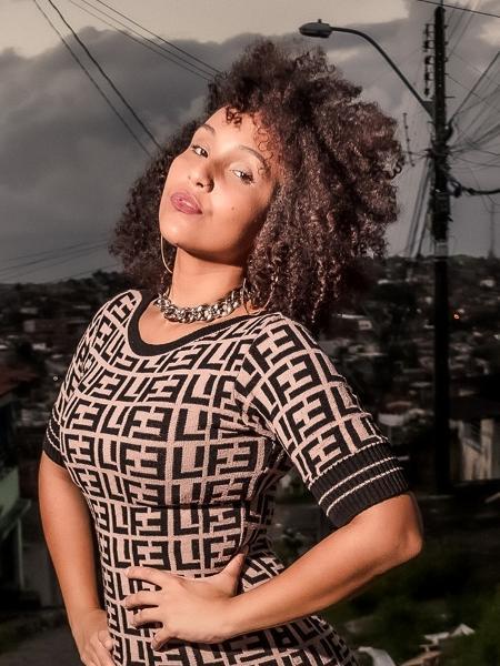 Elaine Manoelle é desenvolvedora de software, tem 28 anos e mora em Recife - Pernambuco. - Arquivo pessoal