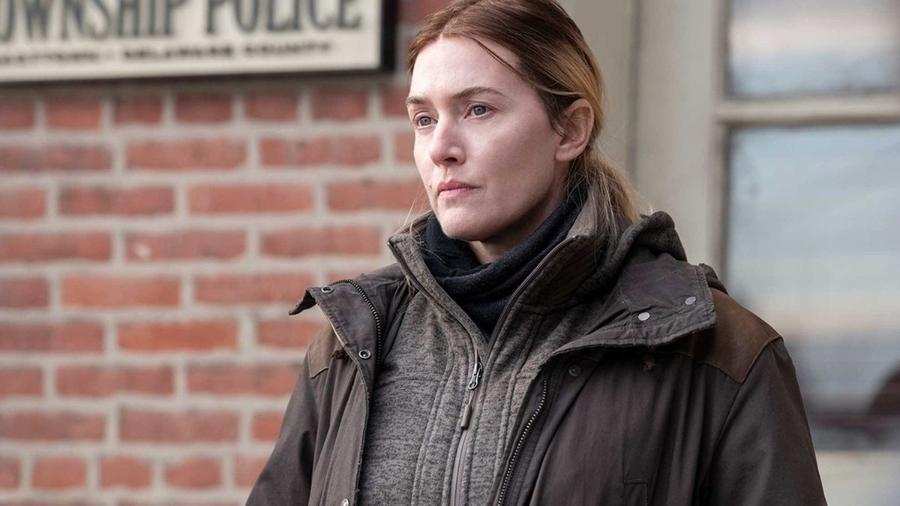 "Kate Winslet vive Mare Sheehan em ""Mare of Easttown"" (HBO) - Reprodução"