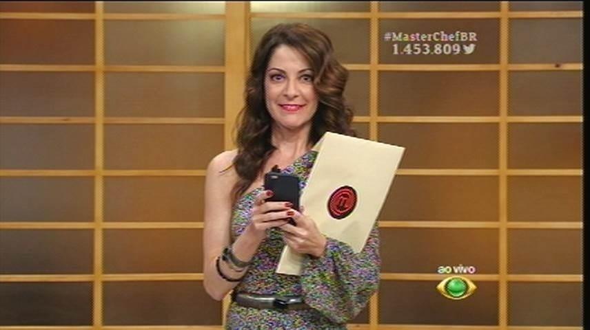 15.set.2015 -  Ana Paula anuncia que o resultado será publicado primeiro no Twitter do programa